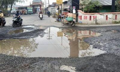 Kondisi Jalan Ke Kawasan Wisata Siombak Rusak Parah