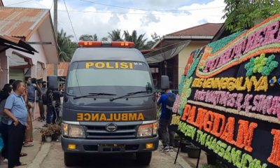Kedatangan Jenazah Almarhum Pratu Martinus Sinurat Disambut Isak Tangis Warga di Kampung Halaman