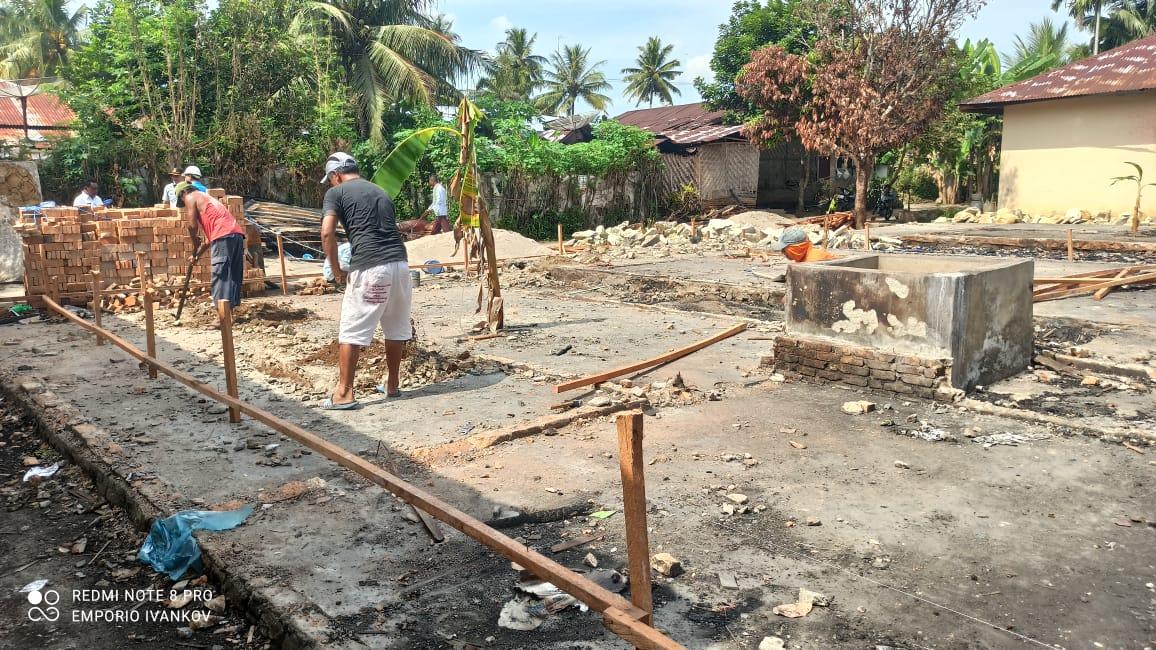 PT. Rapi Tehnik Serahkan Bantuan 12.000 Batu Bata Korban Kebakaran