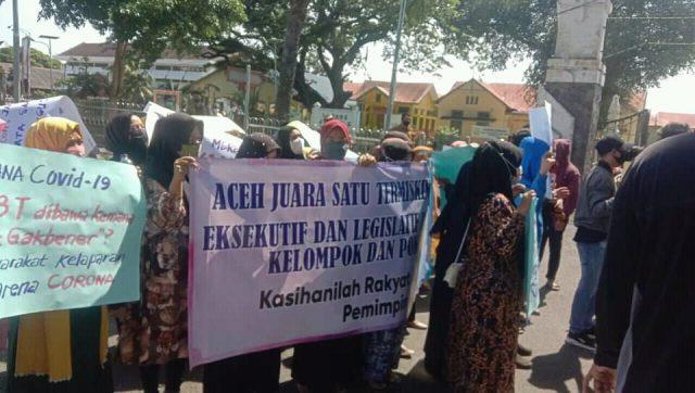 APAM Serta APPA Kembali Berunjukrasa di Depan Pendopo Gubernur Aceh