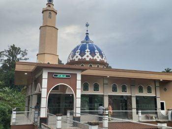 Bhabinkamtibmas Bripka Junior Hutabarat di Apresiasi Warga Pembangunan Masjid Al-Huda Simajambu