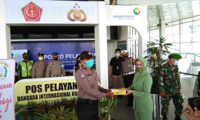 Ketua Bhayangkari Cabang Polresta DS dan Ketua Persit Kodim 0204 DS Kunjungi Pos PAM/YAN