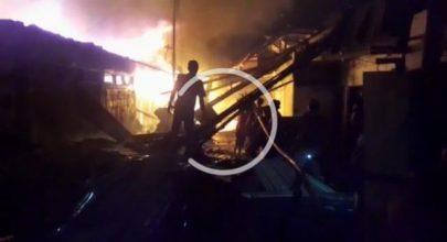 Pasar Tradisional di Kota Pinang Terbakar