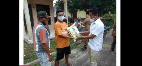 Kadin Batu Bara Berikan Bantuan Bagi Warga Kelurahan Lima Puluh Terdampak Covid-19