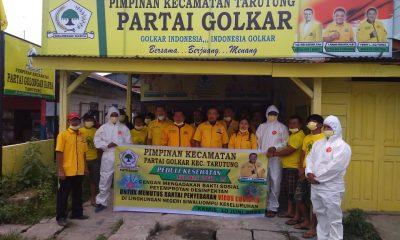 Bukti nyata PK Tarutung Partai Golkar Bakti Sosial Penyemprotan Desinfektan di Tengah Pandemi Covid-19