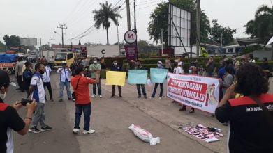 Aksi Solidaritas Wartawan dan Aktivis Serang Raya Minta Tangkap Pembunuhan Wartawan di Simalungun