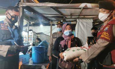 TNI/ Polri Bersama Satgas Covid-19 Patroli dan Bagikan Bansos di Medan