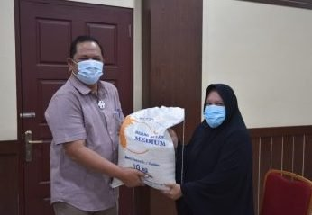 Pemko P. Sidimpuan Salurkan Bantuan Beras 10.814 KPM