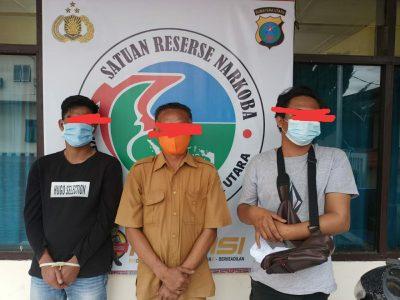 Oknum PNS Pemkab Taput dan 2 Orang Rekannya di Ciduk Polisi Nyabu di Gubuk