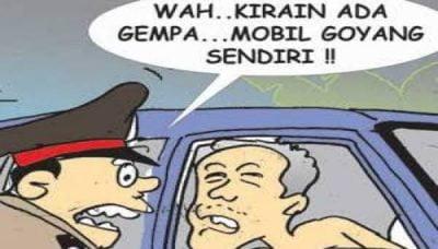 Dua Insan Non Muhrim Mesum Dalam Mobil Diamankan Petugas