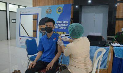 Peserta Vaksih Tak Antri di RSAL Komang Makes Lantamal I Belawan